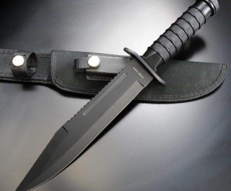 Avec quel couteau de survie partir en randonnée visuel 3