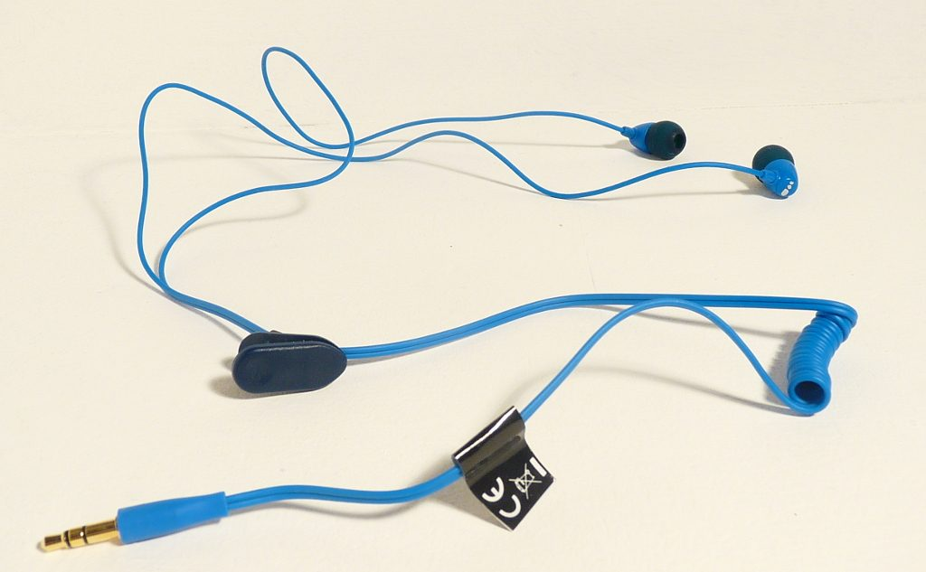 100/% /étanche /écouteurs pour la natation . la course /à pied et toutes sortes de sports Short cord PS: uniquement des /écouteurs /étanches sans lecteur MP3